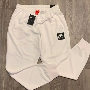 Nike slim Fit All White Men's Joggers